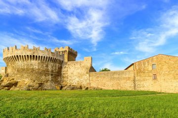 Private Tour in Volterra and San Gimignano