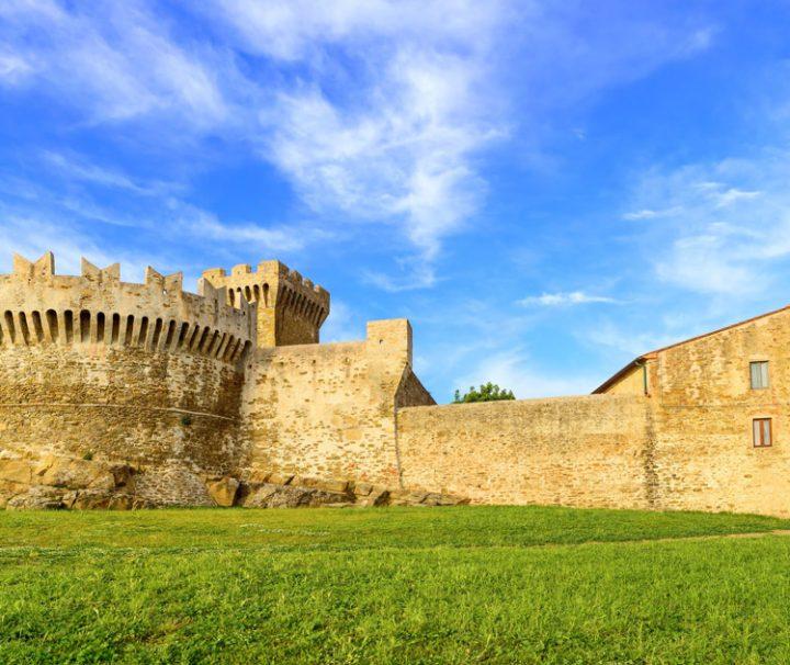 Private Tour in Volterra and San Gimignano