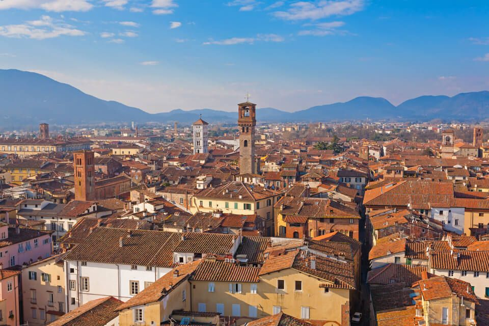 lucca and pisa tour from livorno