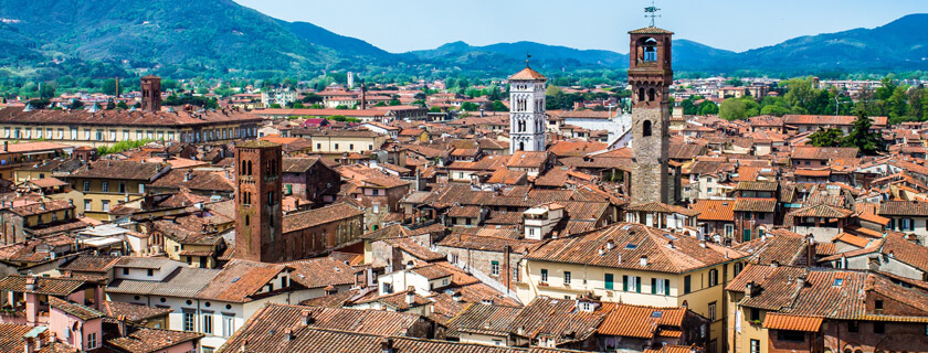 Lucca Day Tours in Tuscany