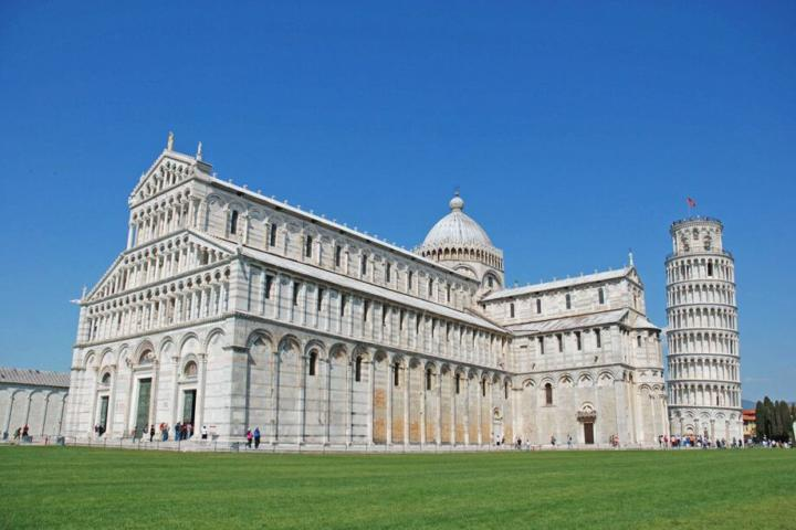 Pisa day tour. Leaning Tower
