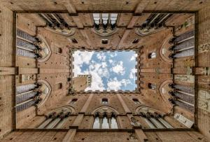 tuscany-in-spring-discover-siena-with-bella-italia-tours