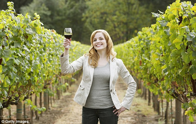 walk in the vineyards in the chianti wine tour