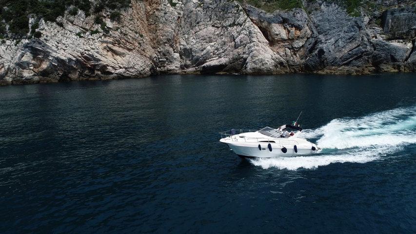 cinque terre tour by boat from forte dei marmi